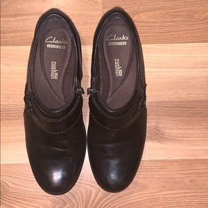 Clarks cushion work shoes black leather size 8.5
